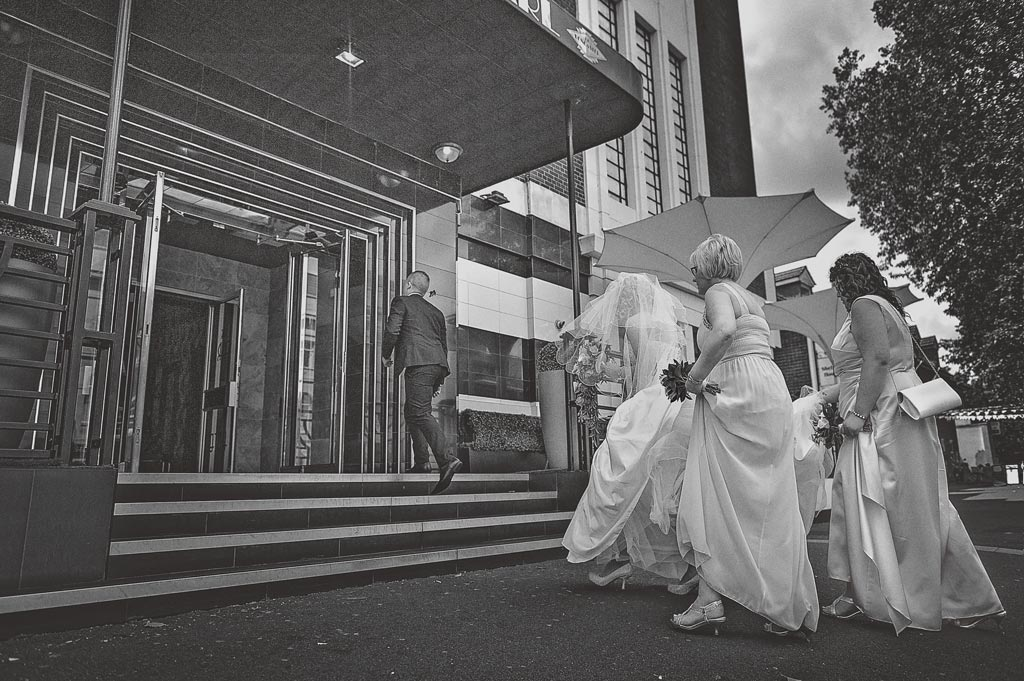 Bride arriving at The Earl of Doncaster Hotel