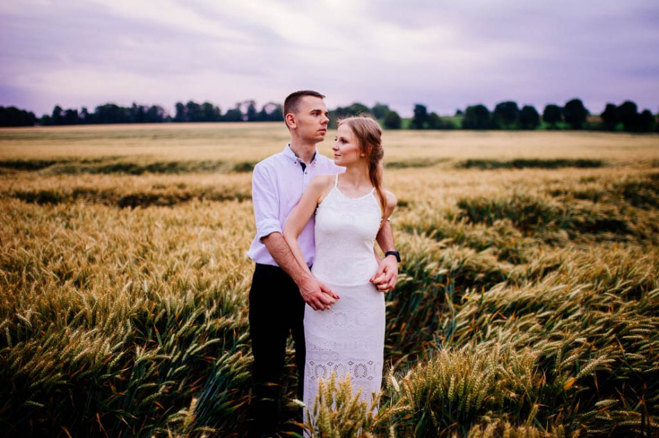 Engagement shoot in a field