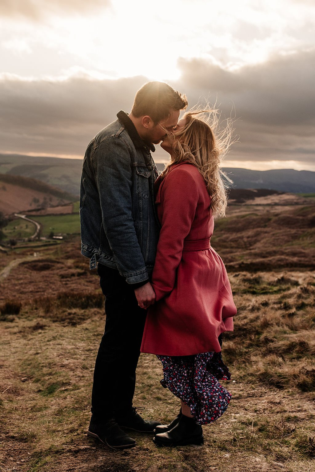 Peak district engagement shoot with Isobel and Tom