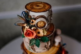 Autumn wedding cake at Rogerthorpe manor wedding