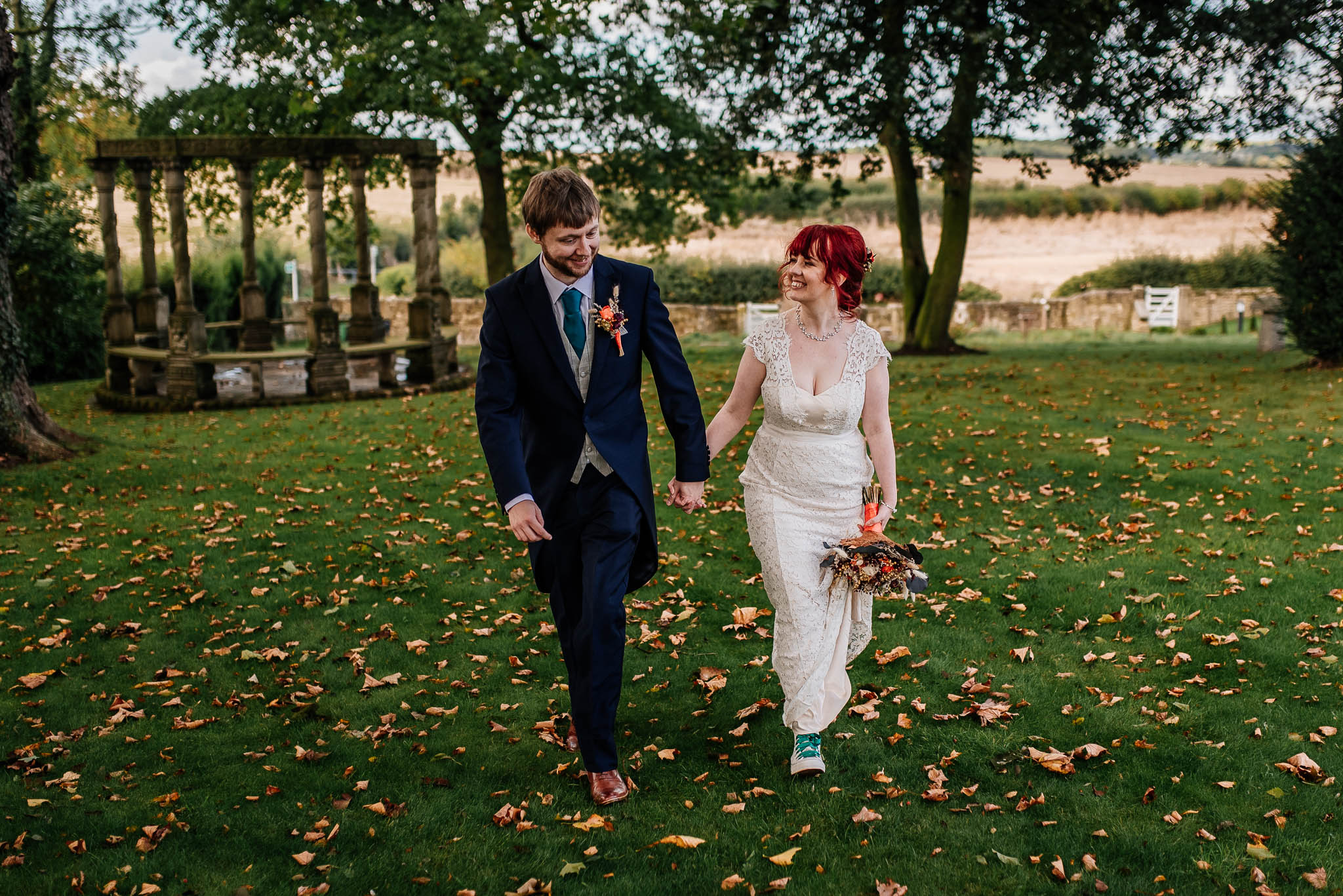 Rogerthorpe manor wedding - Amy and Wes