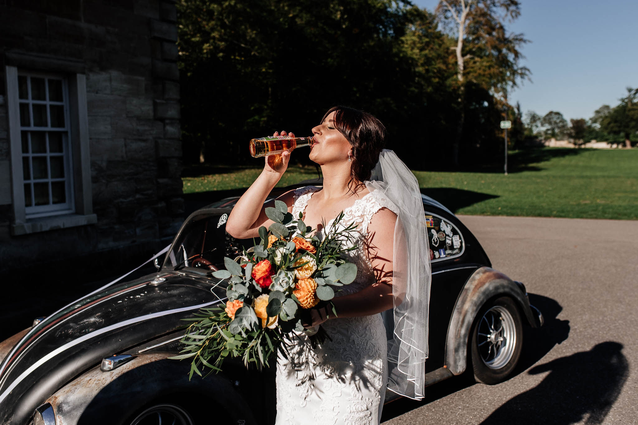 Wedding tips and tricks - relaxed bride